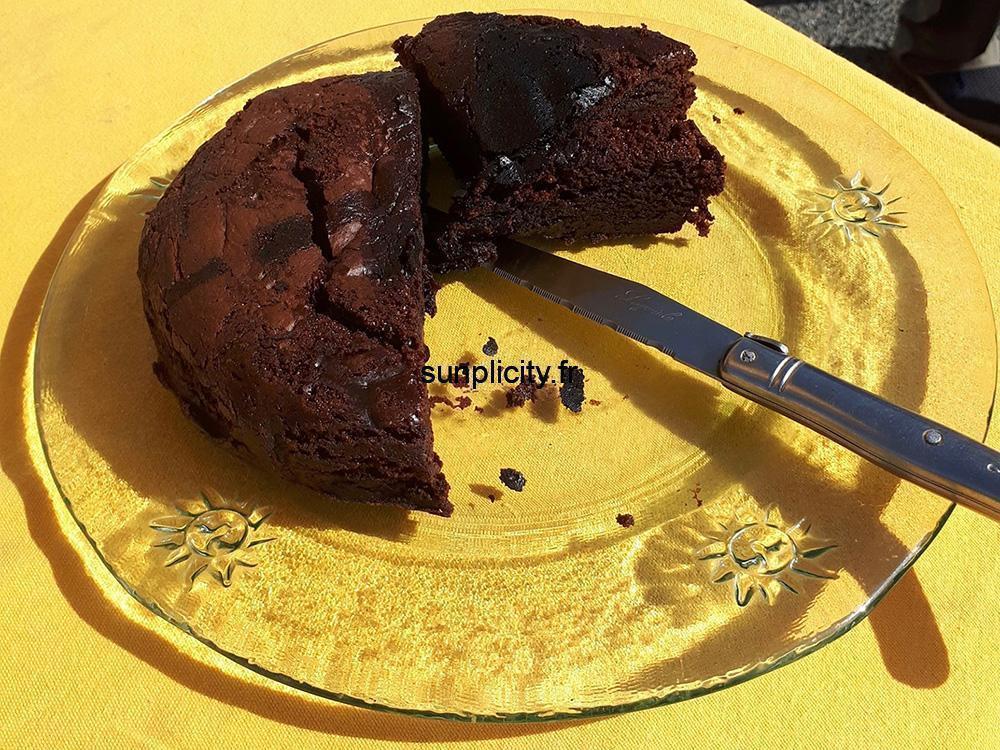 Assiette de gâteau au chocolat